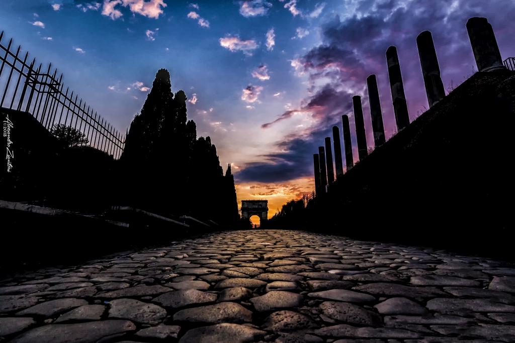 TRAMONTO SULLA VIA SACRA (Colosseo)