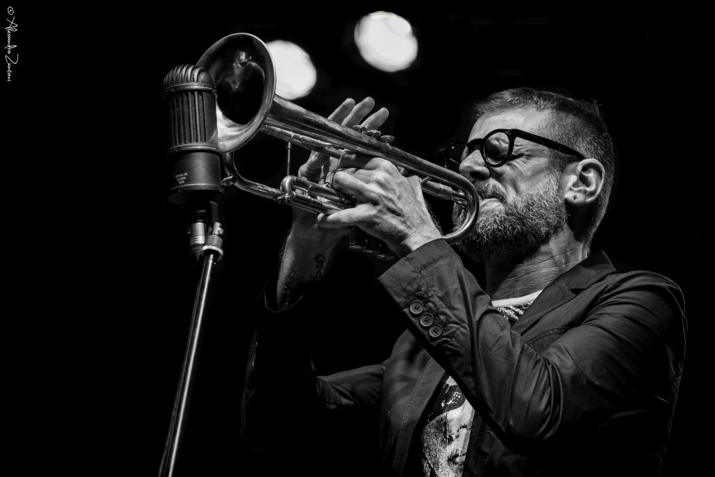 FABRIZIO BOSSO<br>Amore che Vieni, Amore che Vai - Casa del Jazz<br>Roma, 23 Luglio 2016