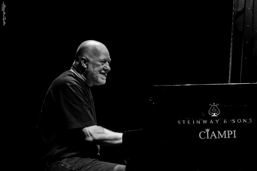 GEOFF WESLEY<br>Auditorium Parco della Musica<br>Roma, 28 Aprile 2016